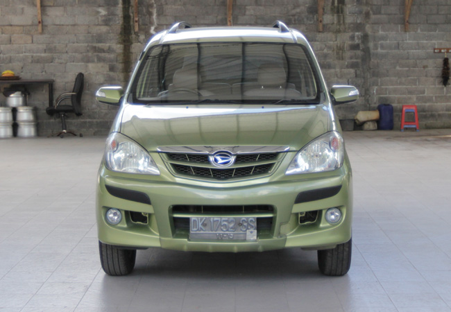 Daihatsu Xenia – Bali Car Hire